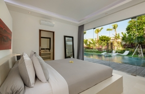 Villa Kyah - Guest bedroom one with view over pool