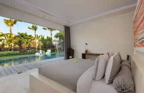 Villa Kyah - Guest bedroom two with view over the pool